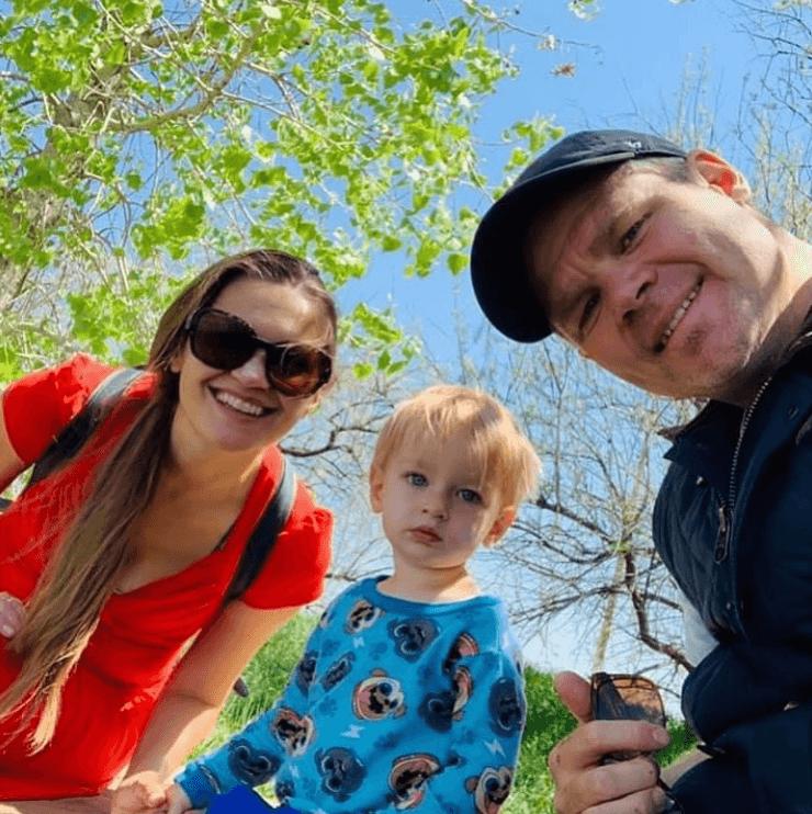Izabella, Michael & Dimitry Wentz